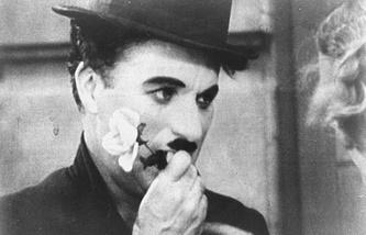 """Кадр из фильма """"Огни большого города"""", 1931 год"""