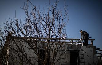 Восстановление разрушенного дома в селе Новосветловка