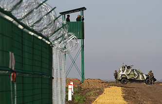 """Строительство укреплений в рамках проекта """"Стена"""" на украинско-российской границе"""