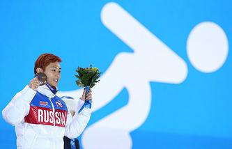 Виктор Ан на церемонии награждения победителей на Олимпиаде-2014
