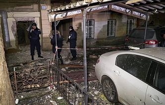 """Последствия взрыва в здании офиса организации """"Правый сектор"""" в Одессе, 5 марта 2015 года"""