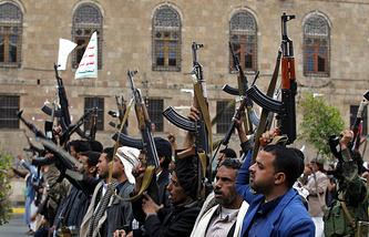 Хоуситы протестуют против авиаударов ВВС Саудовской Аравии, Сана, 26 марта