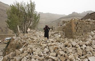После налета саудовских ВВС, Сана, 4 апреля
