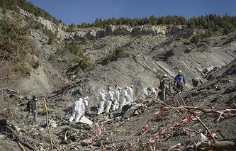 Поисковая операция на месте крушения самолета A320