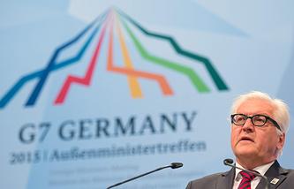 Министр иностранных дел Германии Франк-Вальтер Штайнмайер во время выступления на саммите G7