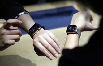 """""""Умные часы"""" Apple"""