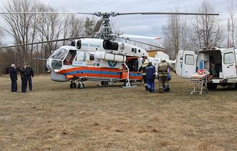 Эвакуация раненых в результате ДТП под Выборгом