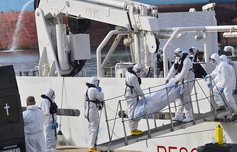 Спасательная операция у берегов Лампедузы