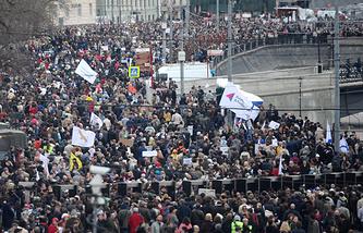 Митинг оппозиции на Болотной площади. 6 мая 2013 года