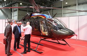 """Вертолет Bell 407 GX на международной выставке HeliRussia – 2015 в МВЦ """"Крокус Экспо"""""""