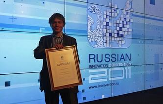 Дмитрий Лопатин