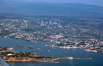 Севастополь. Вид на Севастопольскую бухту