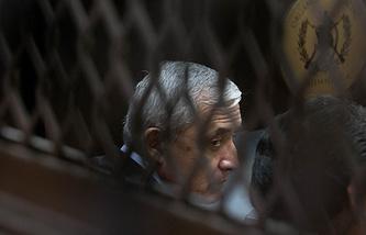 Отто Переса Молины во время суда