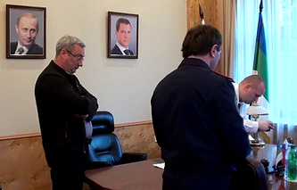 Во время проведения обысков в кабинете главы Коми Вячеслава Гайзера