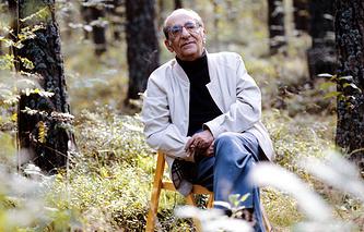 Режиссер Георгий Товстоногов, 1988 год