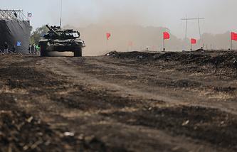 Во время чемпионата по танковому биатлону среди военнослужащих ДНР и ЛНР