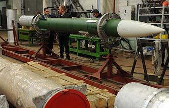 """Сборочное производство транспортных машин ракетного комплекса С-300 на научно-производственном предприятии """"Старт"""""""