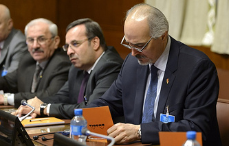 Постоянный представитель Сирии при ООН Башар Джаафари (справа)