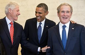 Билл Клинтон, Барак Обама, Джордж Буш-младший (слева направо)