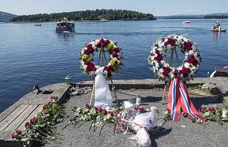 Вид на остров Утёйа, где был совершен теракт