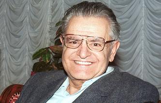 Фазиль Искандер, 2001 год