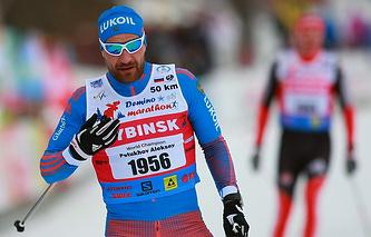 Лыжник Петухов