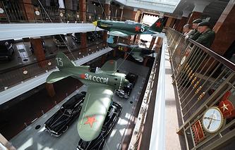 В павильоне выставочного центра Музея военной техники УГМК