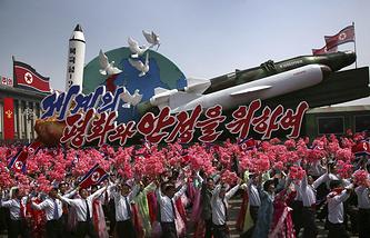 Военный парад в Пхеньяне, КНДР, 2017 год
