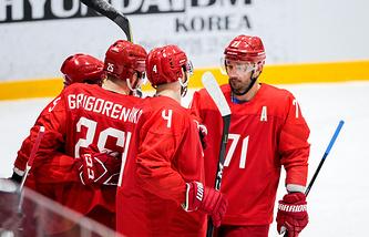 Российские хоккеисты в товарищеском матче со сборной Южной Кореи
