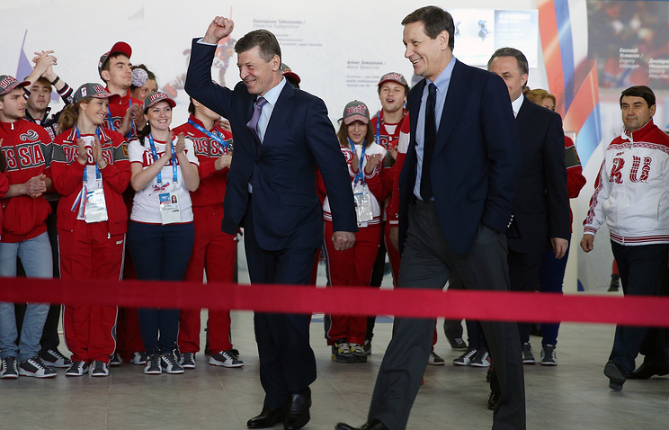 Deputy Prime Minister Dmitry Kozak (L) and President of Russia's Olympic Committee Alexander Zhukov (R)