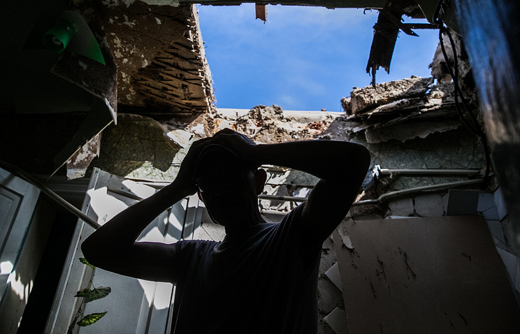 A house destroyed by Ukrainian army shelling in Sloviansk, May 2014