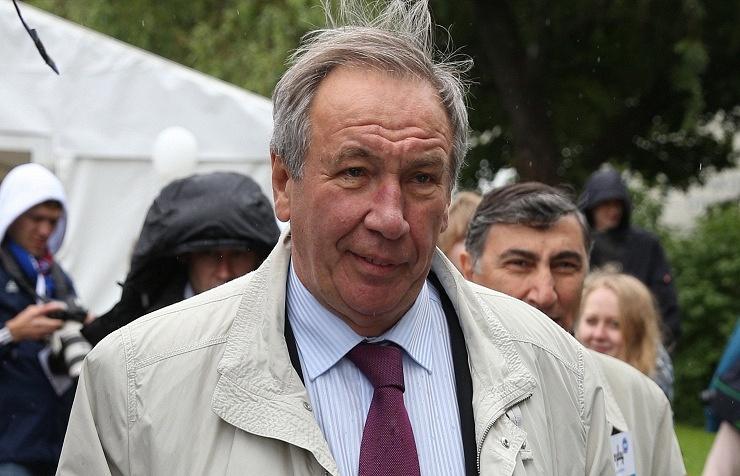 Shamil Tarpischev