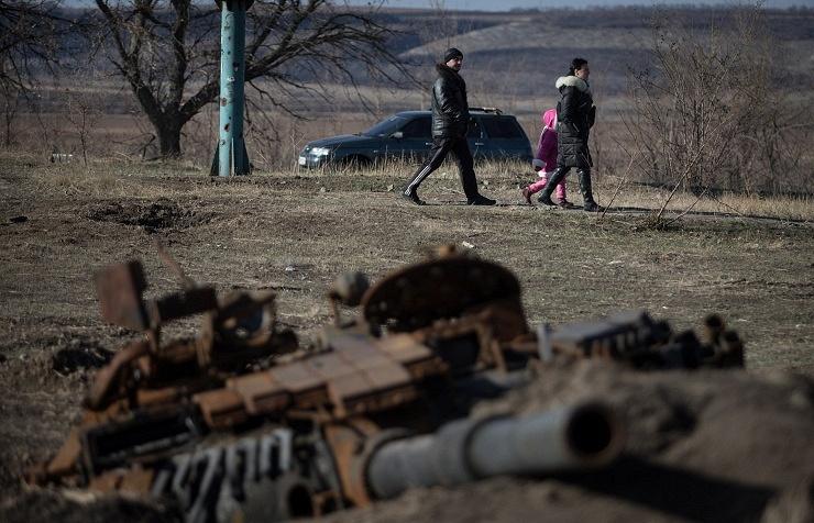 Residents of Novosvetlovka village in Luhansk region