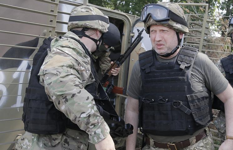 Oleksandr Turchynov seen in war-torn eastern Ukraine (archive)