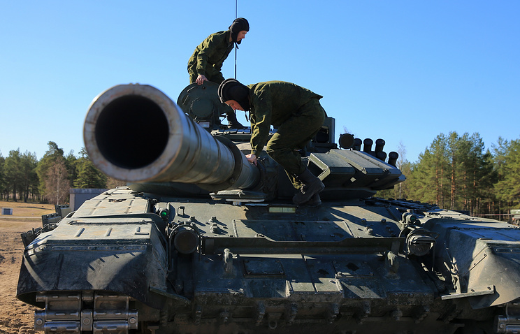 Modernized T-72BZ