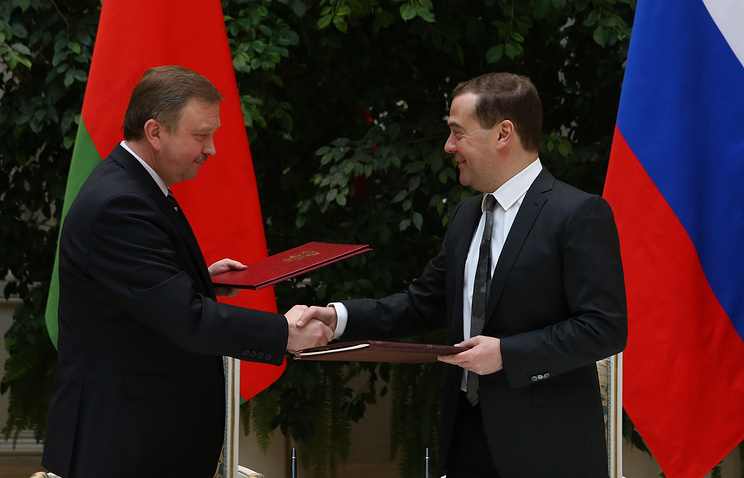 Russian Prime Minister Dmitry Medvedev and Belarusian Prime Minister Andrey Kobyakov, Mar. 3