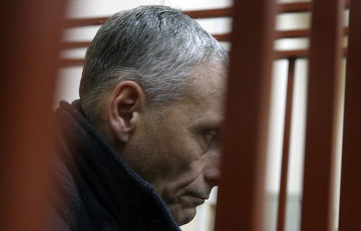 Sakhalin region governor Alexander Khoroshavin suspected of bribery