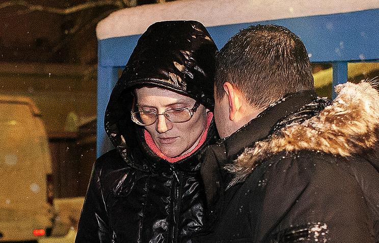 Svetlana Davydova and her lawyer