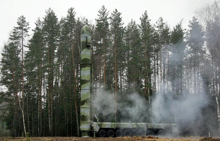 Topol-M missile (archive)