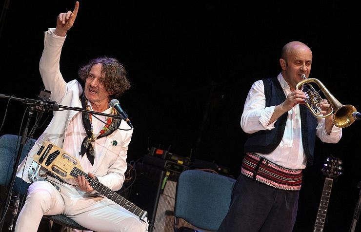 Goran Bregovich (left)