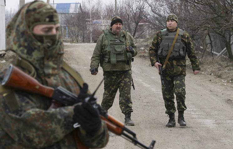 Ukrainian troops in the village of Shirokino