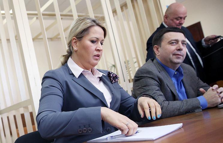 Yevgenia Vasilieva (left)