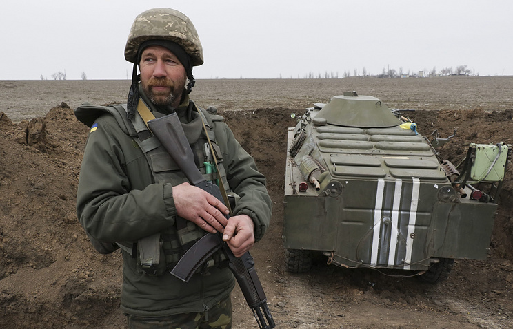 Ukrainian soldier in Donbas