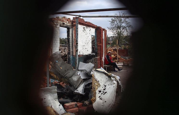 Destroyed building after fighting between Ukrainian forces and militias in eastern Ukraine