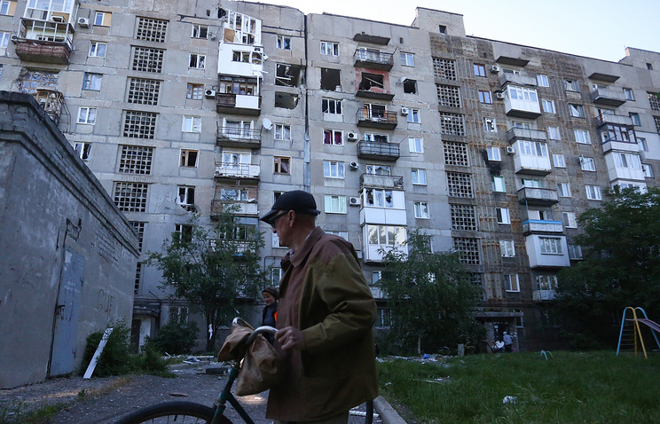 A residential building damaged during a shelling attack on the village of Oktyabrsky, Kuibyshev District.