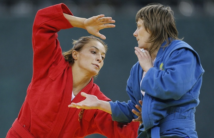 Yana Kostenko (left)