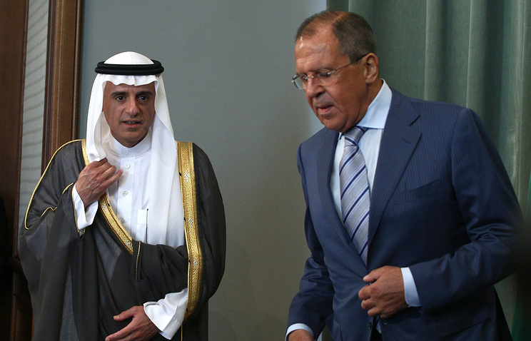 Saudi and Russian Foreign Ministers Adel al-Jubeir and Sergey Lavrov