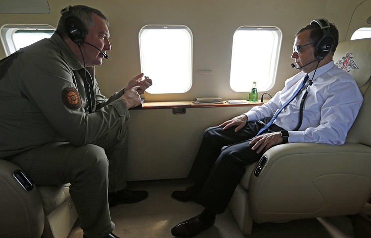 Russian Prime Minister Dmitry Medvedev and his deputy Dmitry Rogozin on their way to the Russian Far East