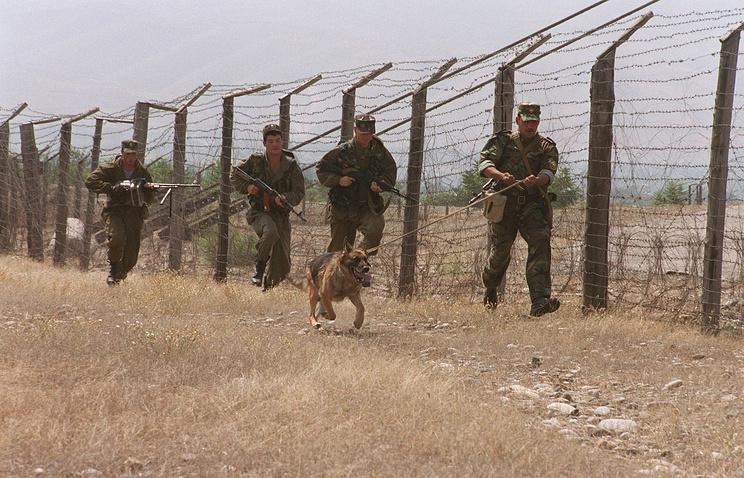 Bordier guards inTajikistan