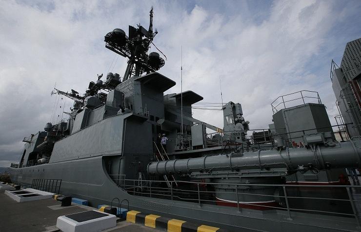 The large anti-submarine warfare ship Vice-Admiral Kulakov